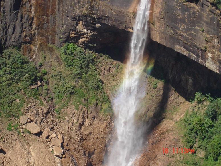 004-waterfall